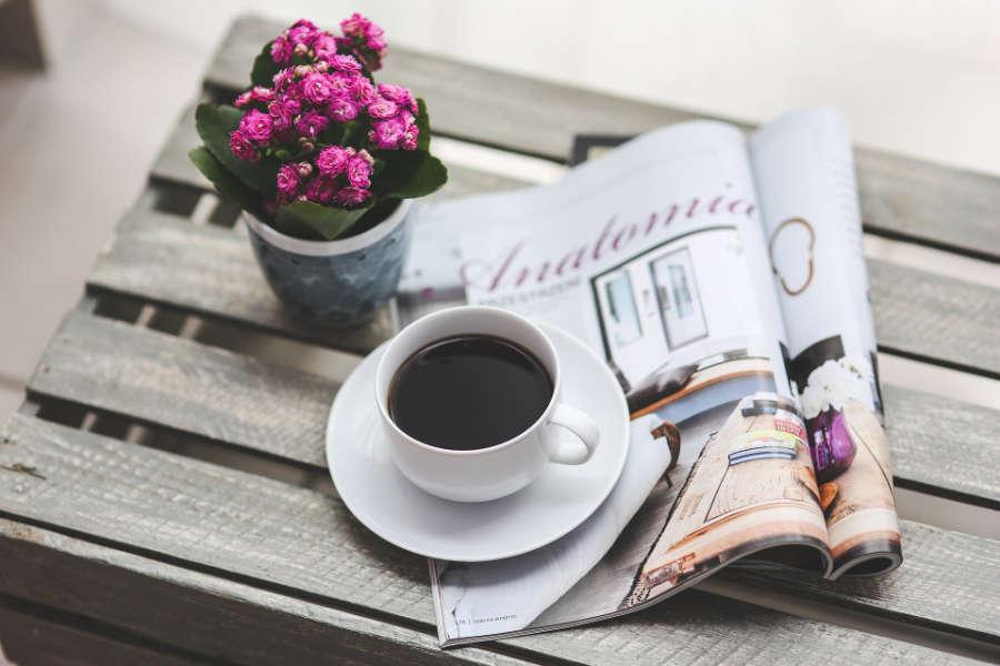 Revista y café